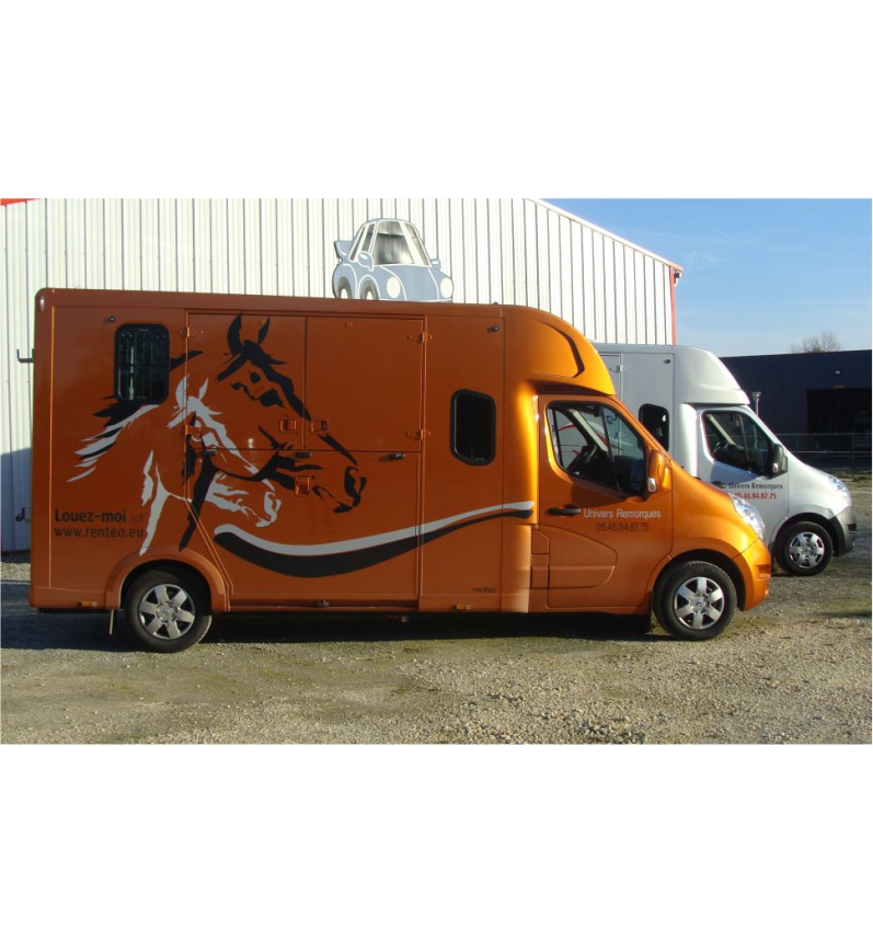 LOCATION CAMION CHEVAUX